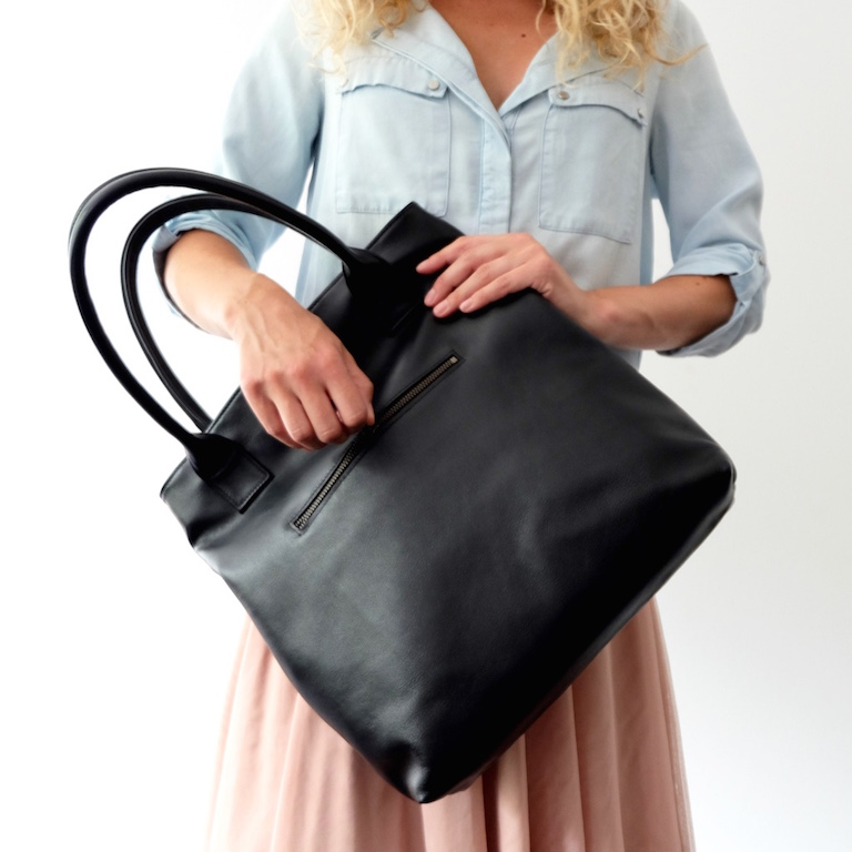 Handmade classic black leather tote bag | Vank Design