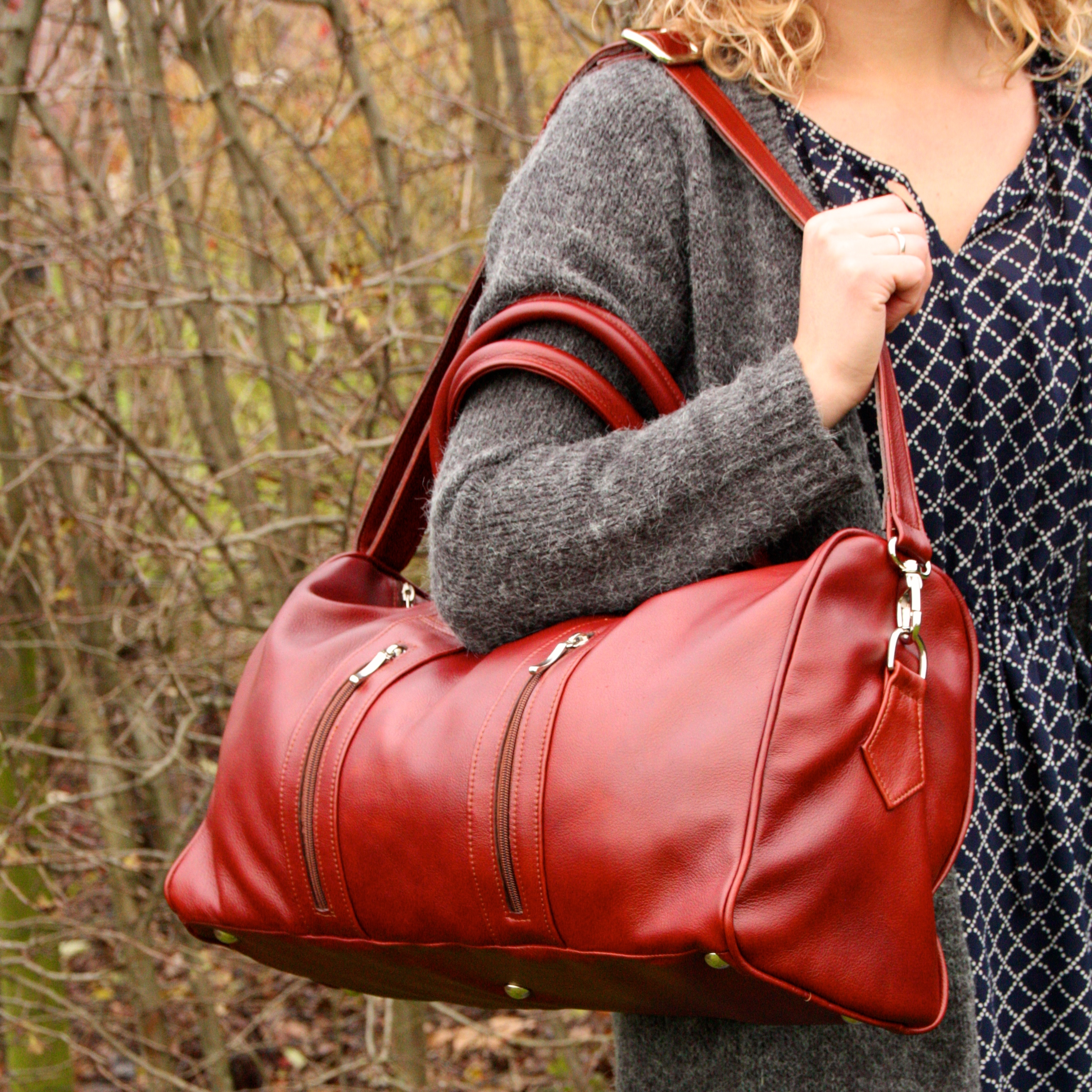 leather weekend bag | Handmade by Vank Design